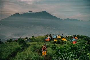 5-gunung-di-indonesia-untuk-pendaki-pemula
