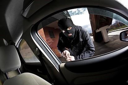 5-tips-aman-menghindari-resiko-pencurian-mobil