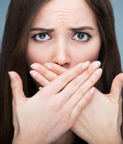 tips-agar-tidak-bau-mulut-di-kantor-selama-puasa