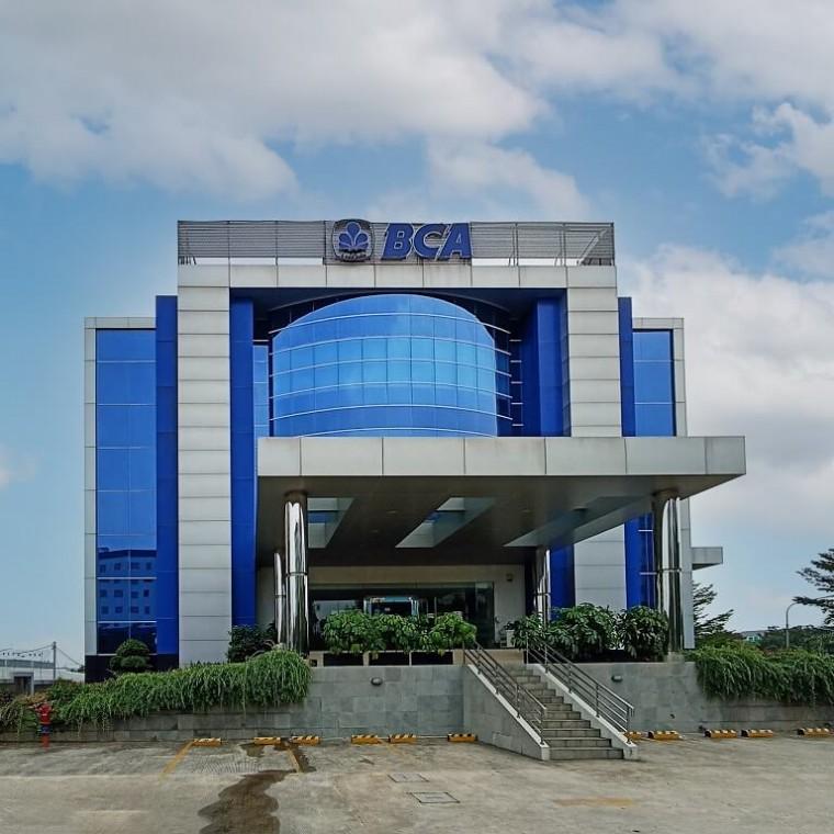 BCA KCP Financial Center Gading Serpong
