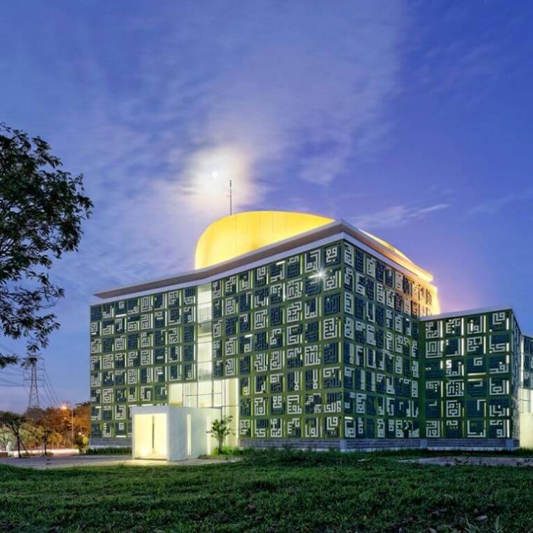 Masjid Asmaul Husna Serpong