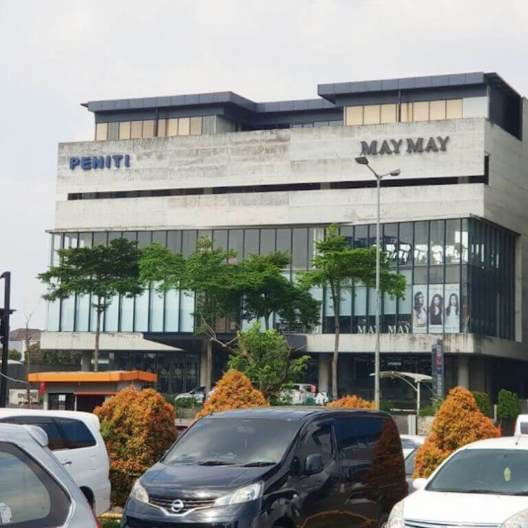 OnePM Lifestyle Building Gading Serpong