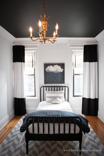10 Inspirasi Desain Kamar Tidur Hitam Putih