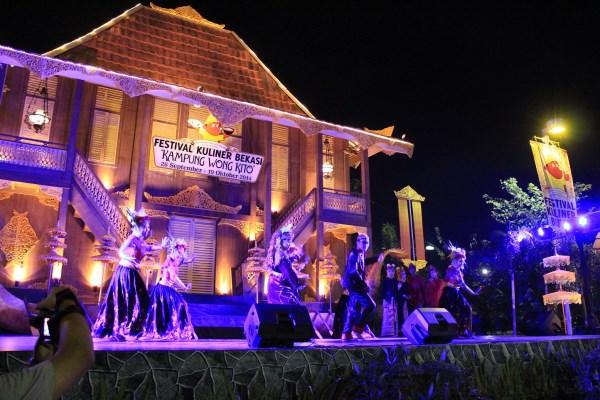 festival-kuliner-bekasi-kampung-wong-kito-2014