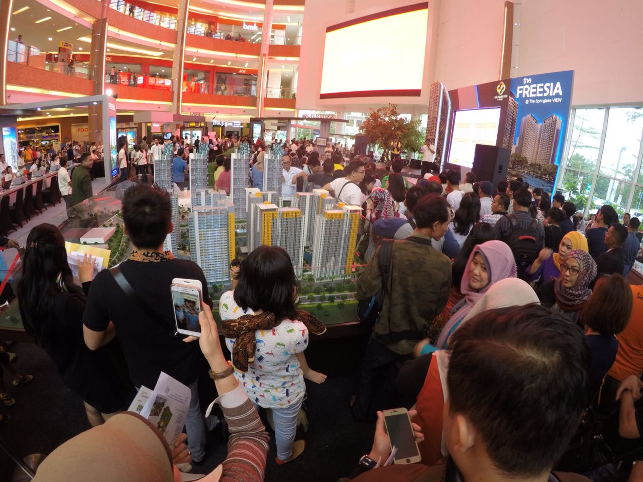http://images-residence.summarecon.com/images/gallery/article/4575/IMG-20161023-WA0048.jpg